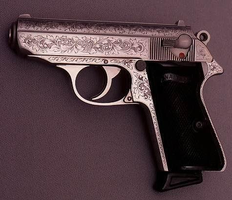 Walther PPK w ozdobnym wykończeniu